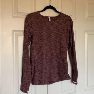 Lululemon womens soft pullover Sz 6